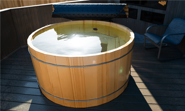 Alaskan Yellow Cedar Round Hot Tub